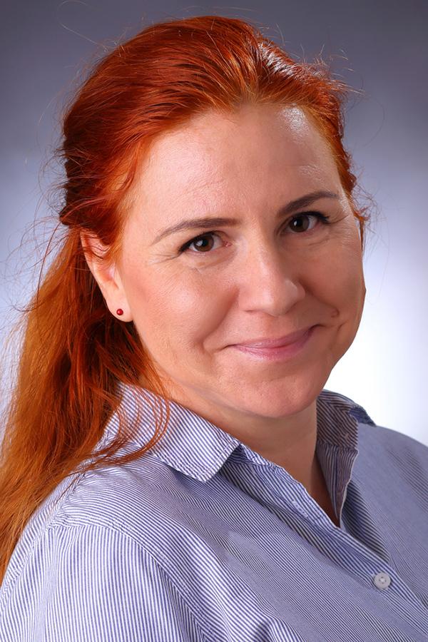 Jabelkó-Tolnai Csilla Anna