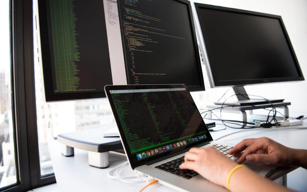 Érettségi utáni Technikusi Képzési kínálatunk a 2021/2022-es tanévre – Informatika Ágazat
